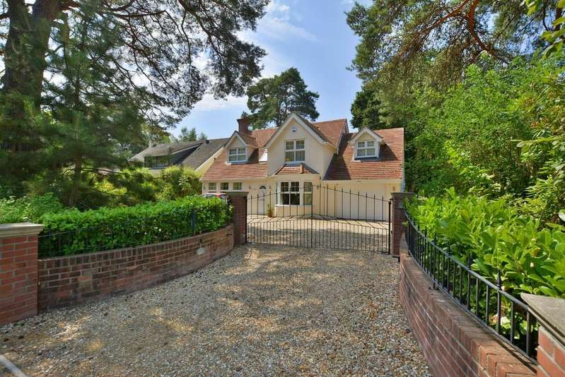 5 Bedrooms Detached House for sale in Dudsbury Avenue, FERNDOWN