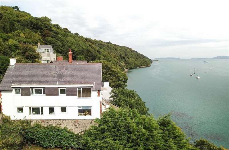 5 Bedrooms Semi Detached House for sale in Glyn Garth, Menai Bridge, Anglesey