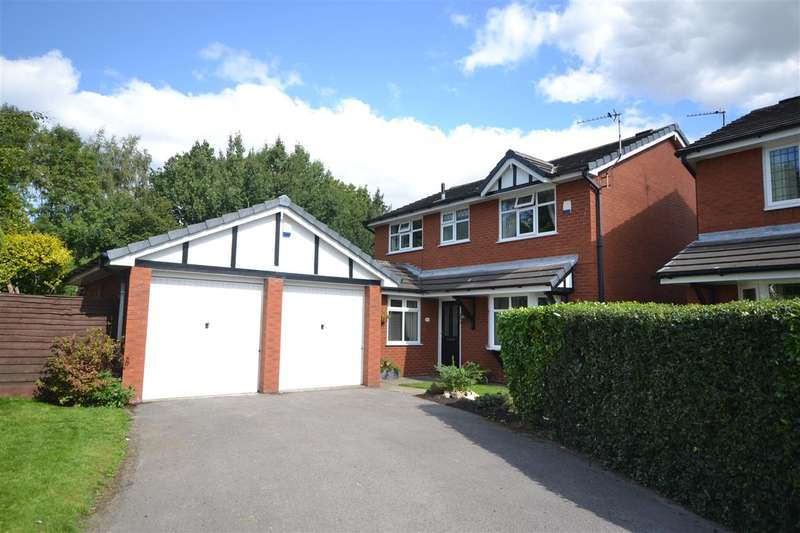 4 Bedrooms Detached House for sale in The Pines, Pennington, Leigh