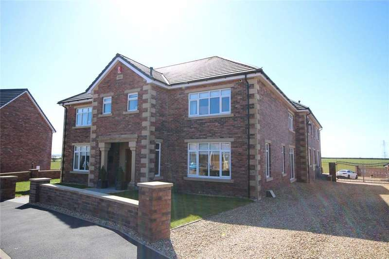 5 Bedrooms Detached House for sale in 10 Empire Park, Gretna, Dumfries and Galloway