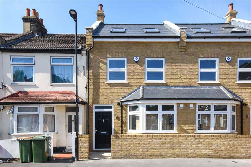 4 Bedrooms Terraced House for sale in Pretoria Road, London, E16