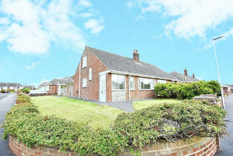 3 Bedrooms Semi Detached Bungalow for sale in Falkirk Avenue, Blackpool