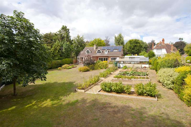 6 Bedrooms Detached House for sale in Elsley Road, Tilehurst, Reading
