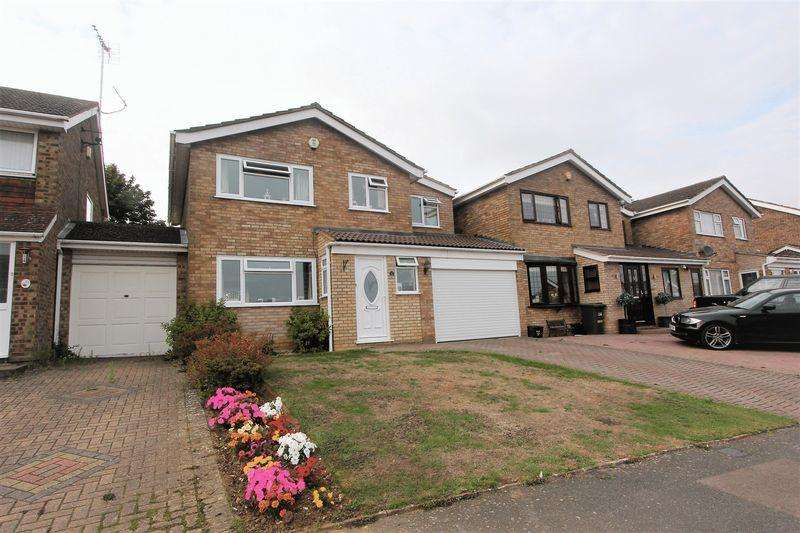 4 Bedrooms Detached House for sale in Leyhill Drive, South Luton