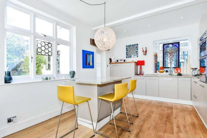 4 Bedrooms Semi Detached House for sale in Allison Grove, Dulwich