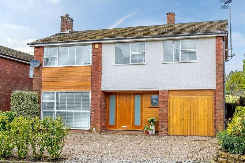 4 Bedrooms Detached House for sale in Hollybush Lane, Harpenden, Hertfordshire