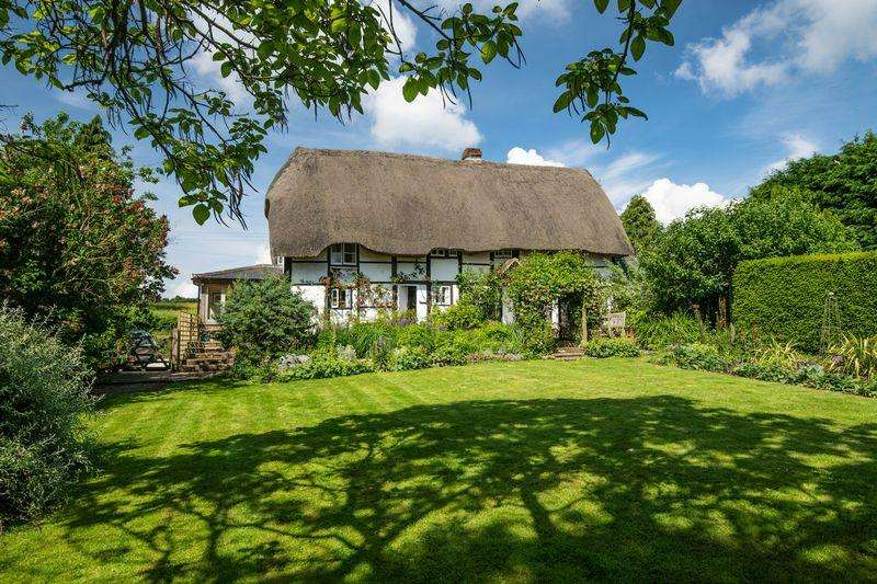 5 Bedrooms Detached House for sale in Denton, Nr. Oxford