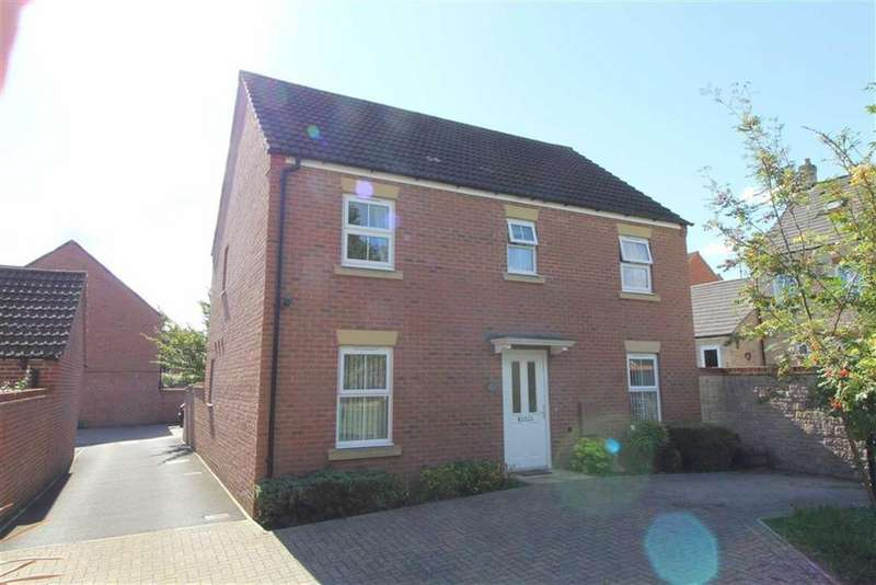 4 Bedrooms Detached House for sale in Thatcham Avenue, Gloucester