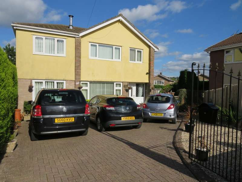 5 Bedrooms Detached House for sale in Maple Close, The Bryn, Blackwood