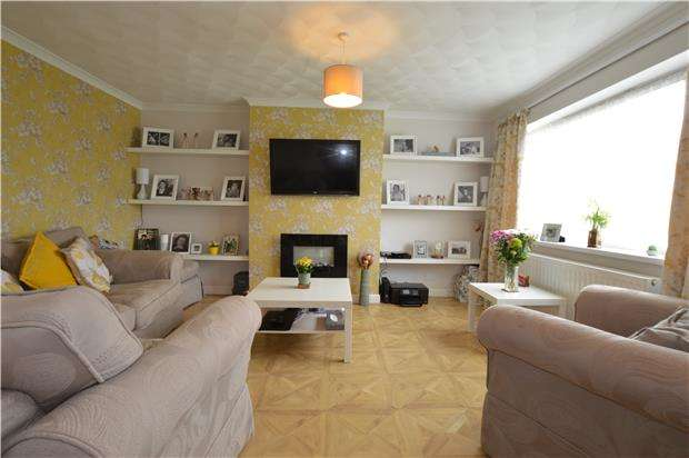 3 Bedrooms Terraced House for sale in Witcombe, BS37 8SA