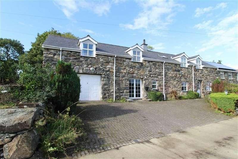 4 Bedrooms Semi Detached House for sale in Garndolbenmaen, Gwynedd