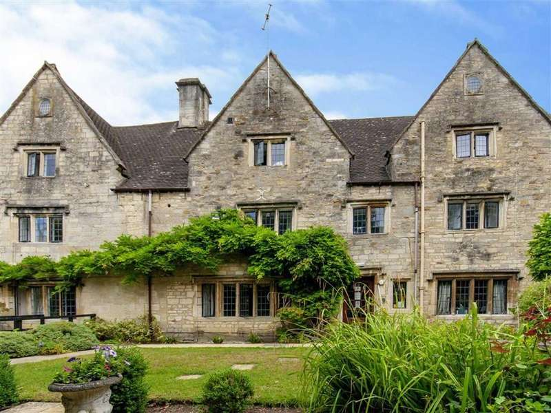 15 Bedrooms Detached House for sale in Church Street, Stroud, GL5