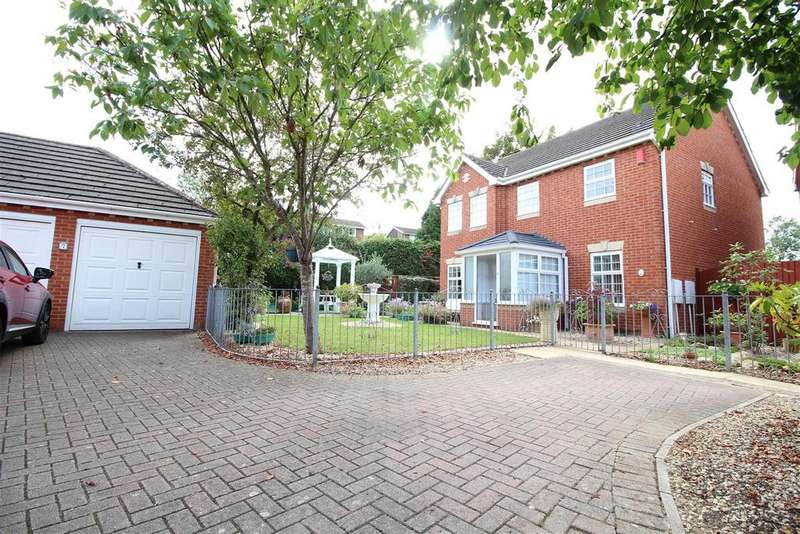 4 Bedrooms Detached House for sale in Chichester Close, The Moorings, Newport