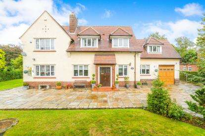 4 Bedrooms Detached House for sale in Beechwood Lane, Culcheth, Warrington, Cheshire