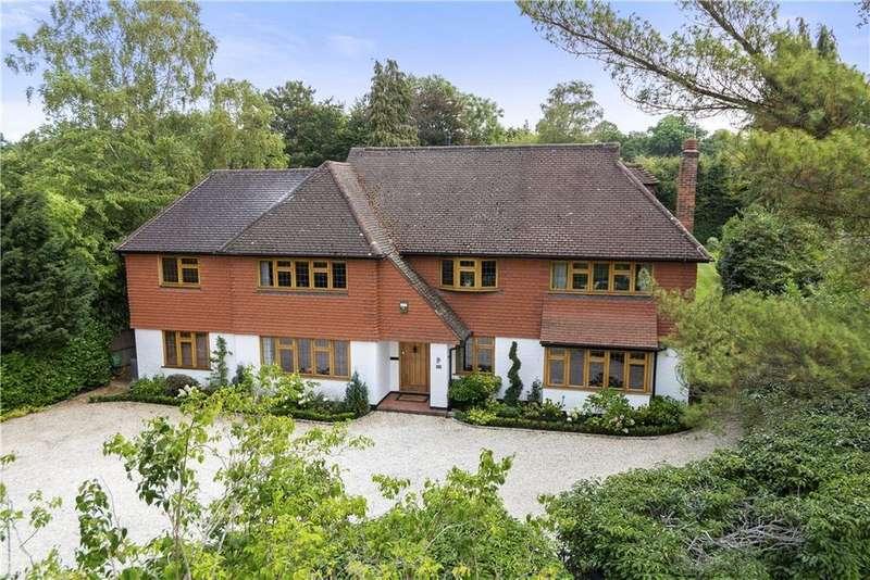 6 Bedrooms Detached House for sale in Oxshott Rise, Cobham, Surrey, KT11