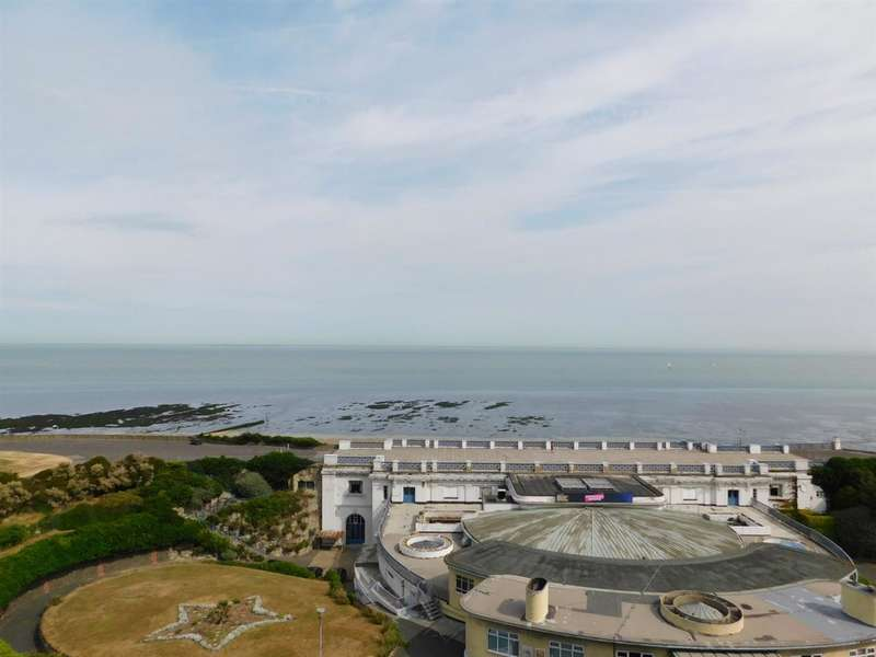 2 Bedrooms Apartment Flat for sale in Fort Crescent, Margate