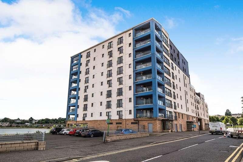 3 Bedrooms Flat for sale in Lochinvar Drive, Edinburgh, EH5