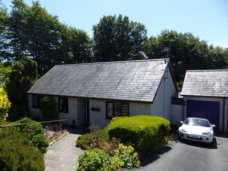 3 Bedrooms Bungalow for sale in 8 Glan Ysgethin, Talybont, LL43 2BB