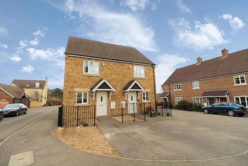 2 Bedrooms Semi Detached House for sale in Browning Close, Bromham MK43