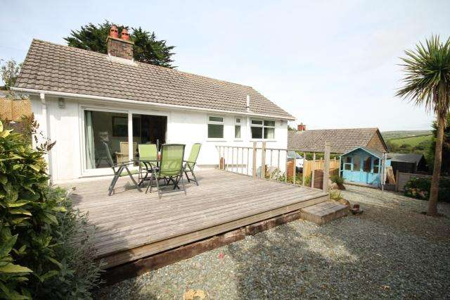 2 Bedrooms Bungalow for sale in Boscastle