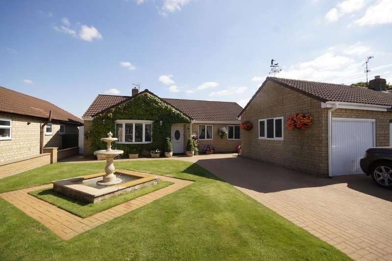 3 Bedrooms Detached Bungalow for sale in Ermine Drive, Navenby, Lincoln
