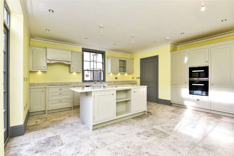 3 Bedrooms House for sale in Yard House, Provost Place, Archery Lane, Winchester, SO23