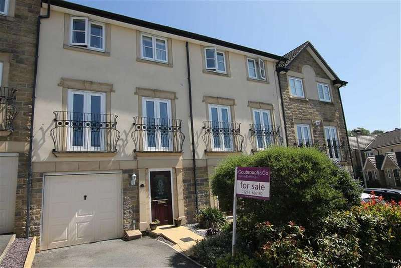 4 Bedrooms Town House for sale in Hudson View, Wyke, West Yorkshire