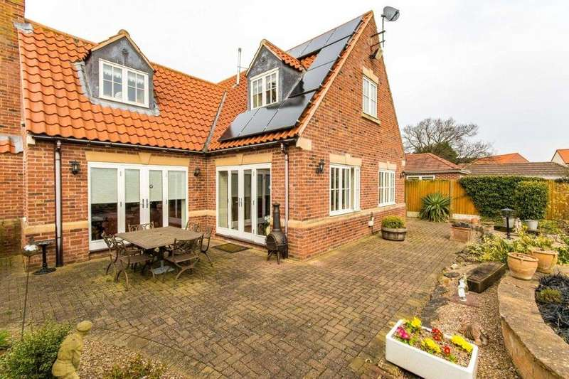 4 Bedrooms Detached House for sale in Old Bawtry Road, Finningley, Doncaster, DN9