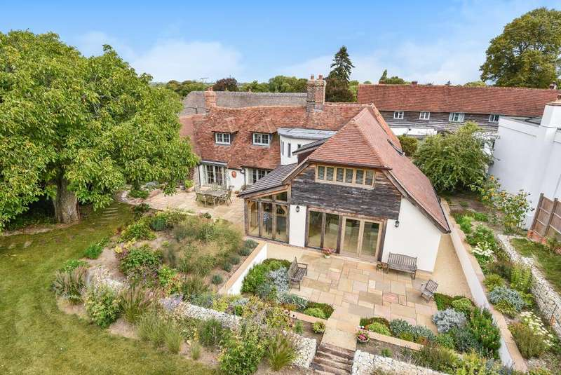 4 Bedrooms Detached House for sale in London Road, Blewbury, OX11