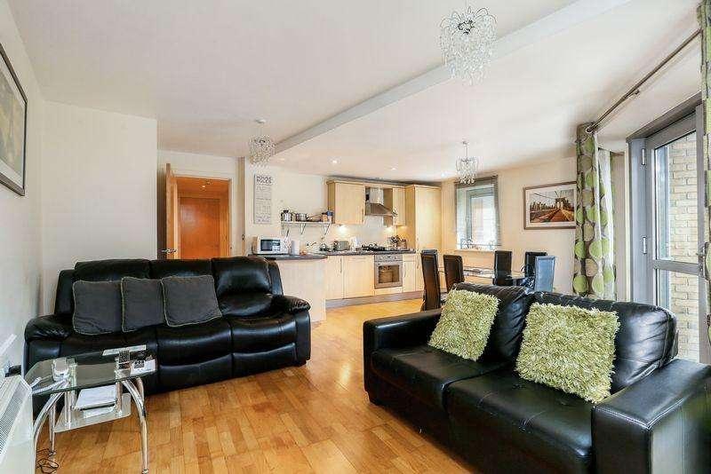 2 Bedrooms Flat for sale in Montague Street, City Centre, Bristol