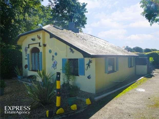 2 Bedrooms Cottage House for sale in Efailnewydd, Pwllheli, Gwynedd