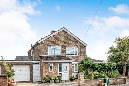 4 Bedrooms Detached House for sale in Beauchamp Road, Wootton, Bedford, Bedfordshire