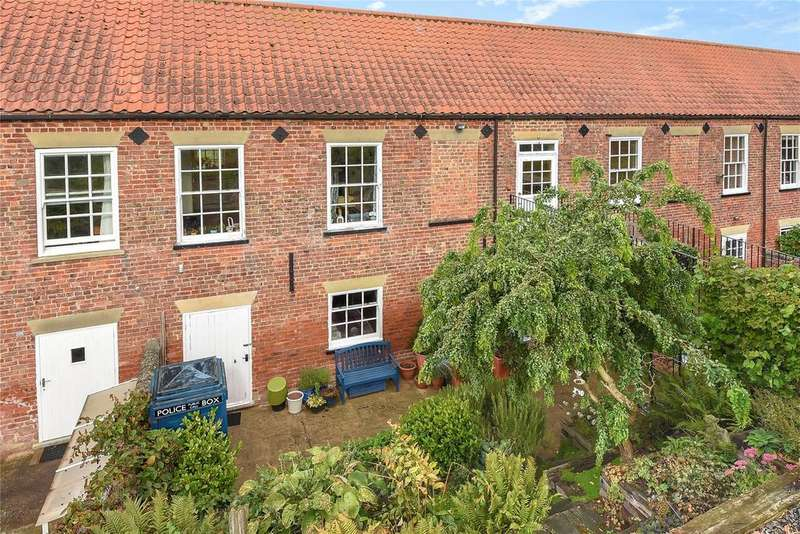 3 Bedrooms House for sale in Plummers Mews, Shore Road, PE22