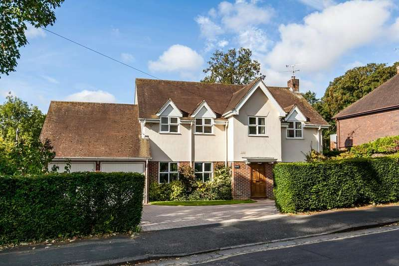 4 Bedrooms Detached House for sale in Cheriton Road, Fulflood, Winchester, SO22