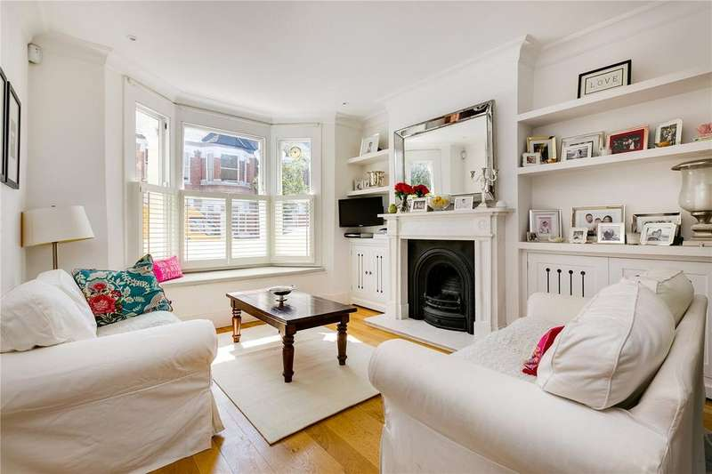 3 Bedrooms Terraced House for sale in Mablethorpe Road, Fulham, London, SW6