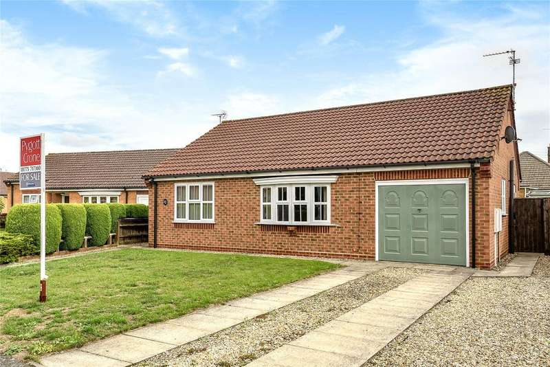 2 Bedrooms Detached Bungalow for sale in Floriade Close, Spalding, PE11