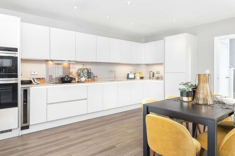 2 Bedrooms Apartment Flat for sale in Acton Gardens, W3