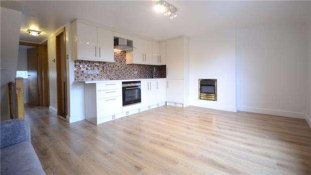 2 Bedrooms Apartment Flat for sale in Bridge Street, Caversham, Reading