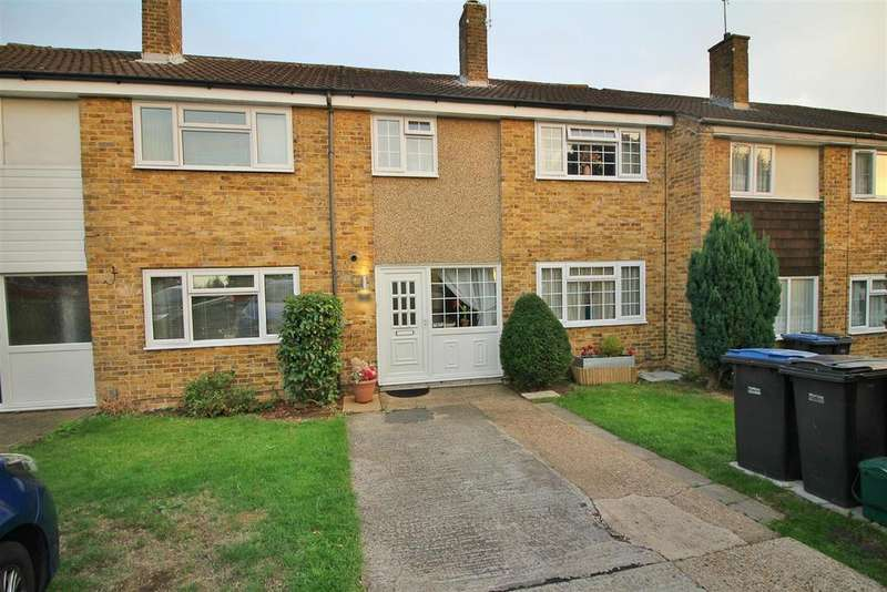 3 Bedrooms Terraced House for sale in Wharley Hook, Harlow