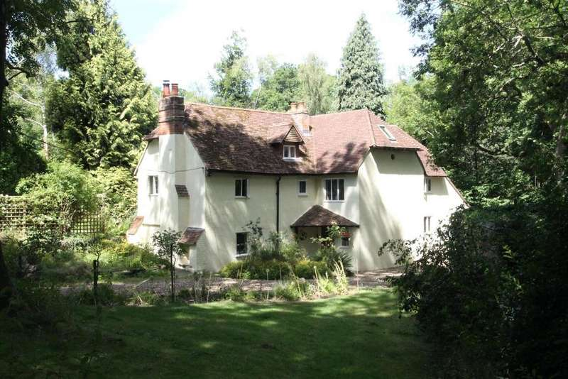 5 Bedrooms Detached House for sale in Spot Lane, Otham, Maidstone