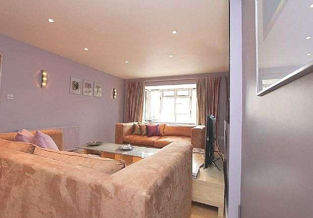 5 Bedrooms Detached House for sale in 18 Hillside Road, Eastwood, Leigh-on-Sea, Essex, SS9 5DH