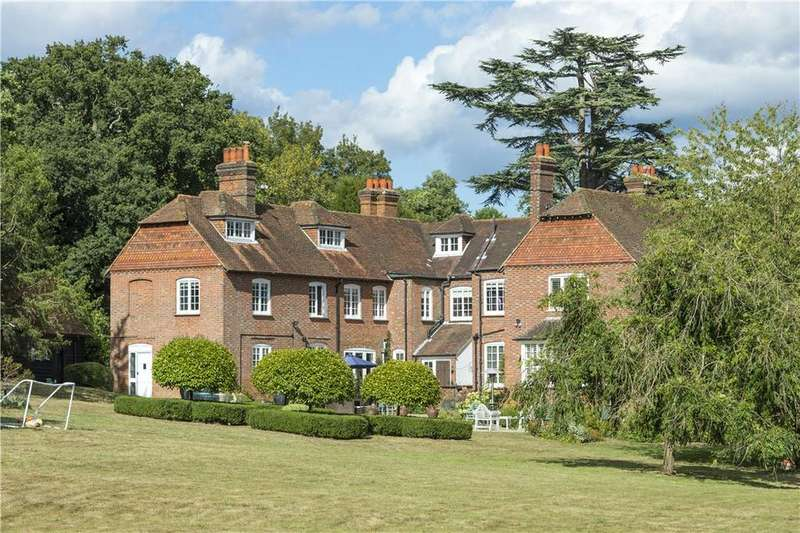 9 Bedrooms Detached House for sale in Stovolds Hill, Nr Cranleigh, Surrey, GU6