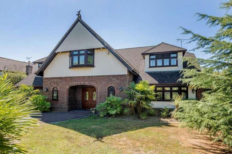 5 Bedrooms Detached House for sale in Ramsden Park Road, Ramsden Bellhouse, Billericay, Essex, CM11