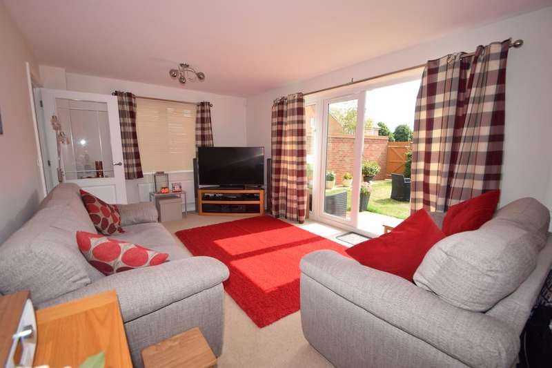 3 Bedrooms Detached House for sale in Guardians Way, Portsmouth, PO3