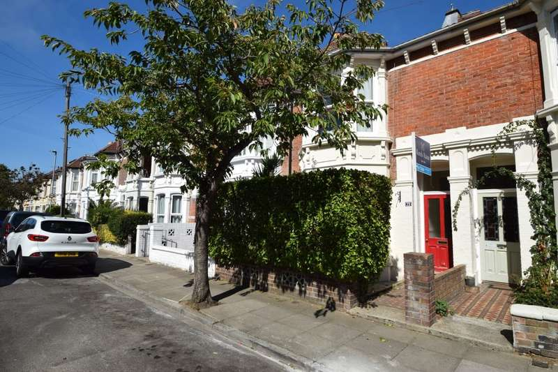 4 Bedrooms Terraced House for sale in Gains Road, Southsea, PO4