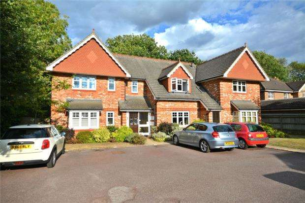 2 Bedrooms Apartment Flat for sale in John Place, Warfield, Bracknell