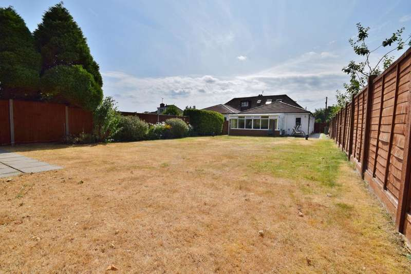 3 Bedrooms Bungalow for sale in Buckskin Lane, Basingstoke, RG22