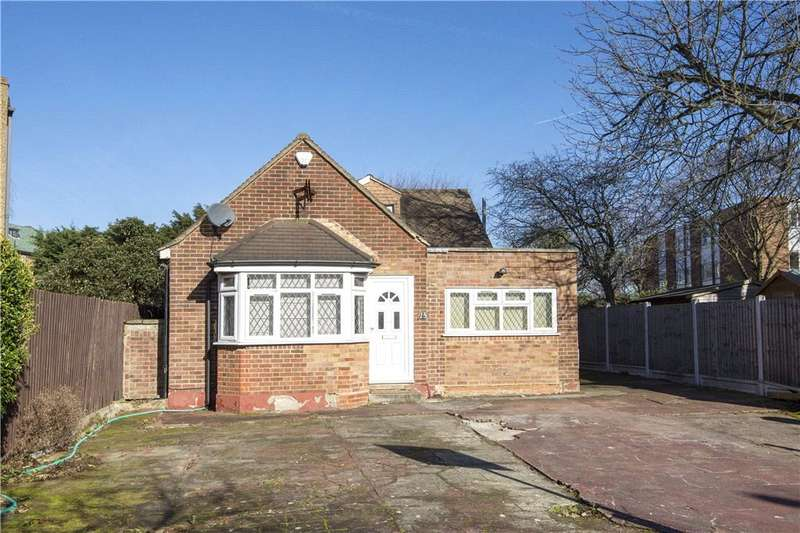 4 Bedrooms Detached House for sale in Eagle Lane, London, E11