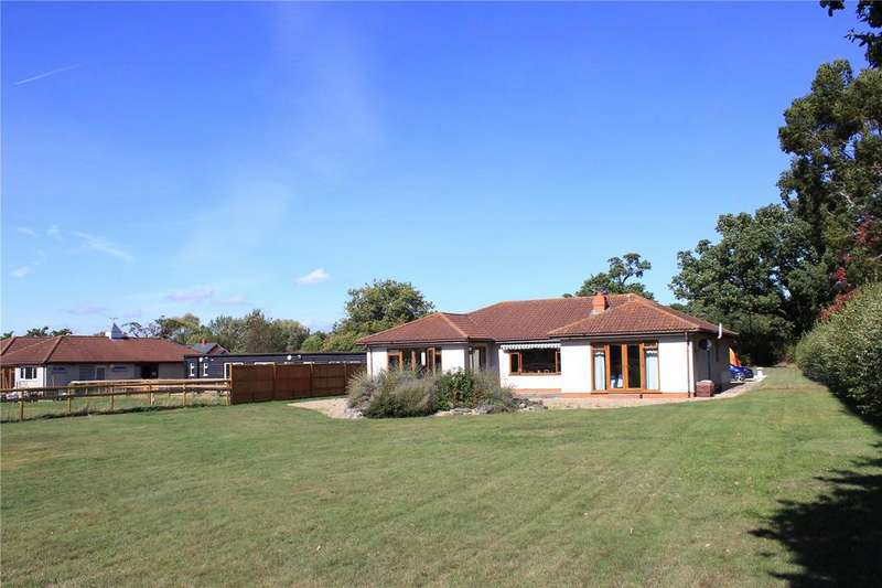 3 Bedrooms Detached Bungalow for sale in Forest Road, Wokingham, Berkshire, RG40