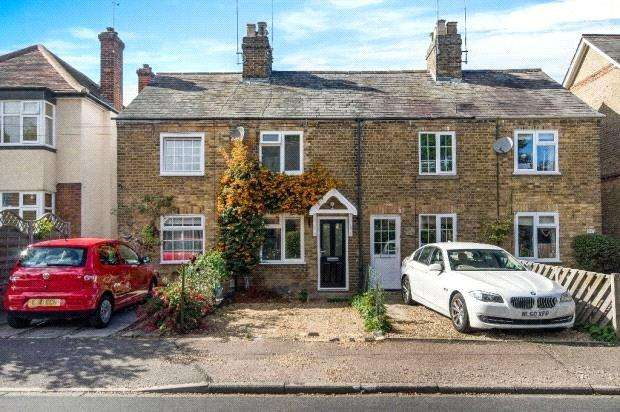 2 Bedrooms Terraced House for sale in Ducombe Road, Hertford, SG14